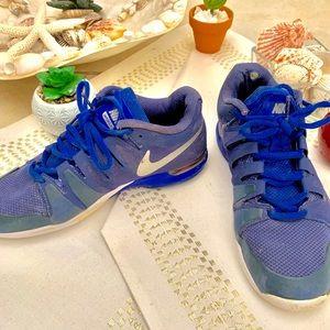 Blue Nike Tennis shoes Size. 7